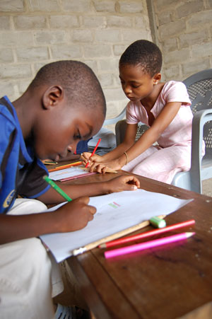 letter-writing-ghana-drawing