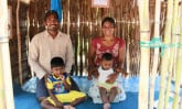 Vasantha_Ranjith_kids-in-playhouse