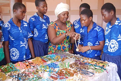 bead jewelry making