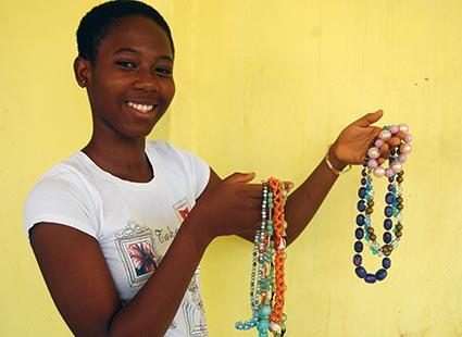 Vida Holding Jewelry